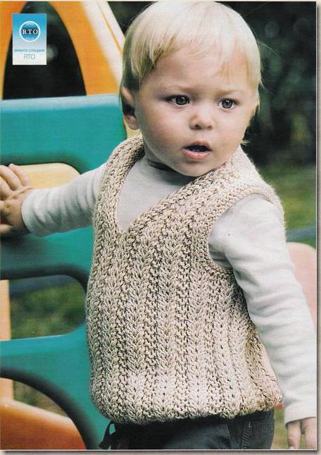 """На нашем женском портале  """"Дамочка """" Вы в любой момент можете отыскать публикацию - схемы по вязанию детской безрукавки..."""