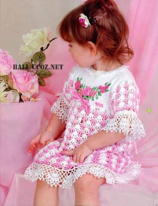 Детские платья вязанные спицами со схемами на 1 год