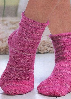 Простые и изящные носочки